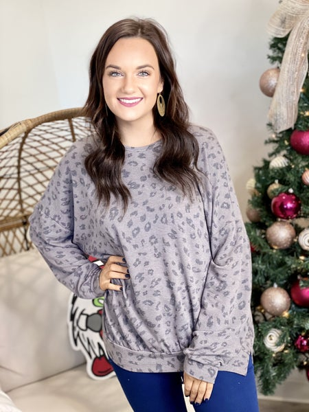The Charcoal Leo Pullover