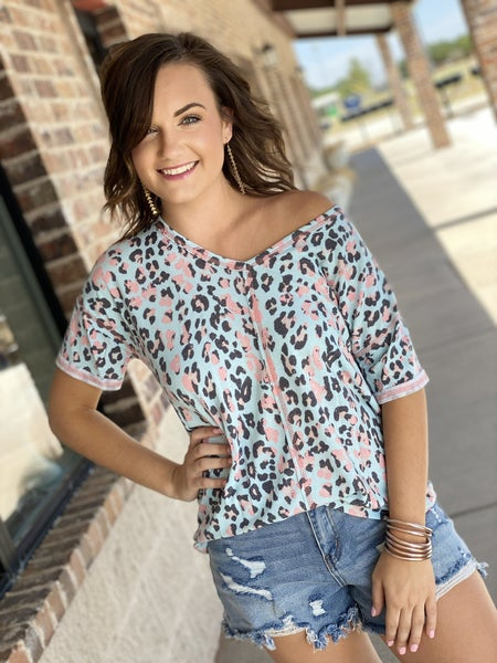 The Leo Best Top in Mint-All Sizes