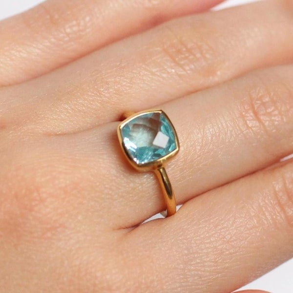 Blue Topaz Gem Gold Ring