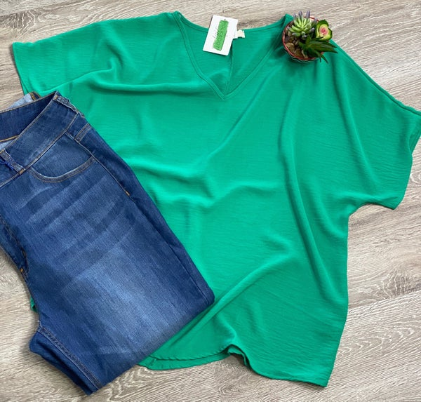 The Curvy Cherry Top in Kelly Green