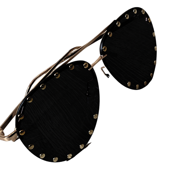 The Simmons Sunnies