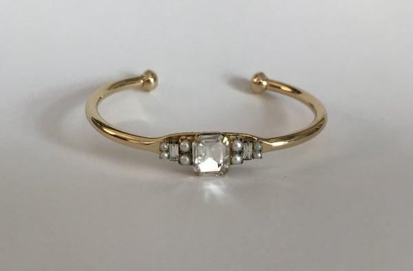 The Crystal Pearl Cuff