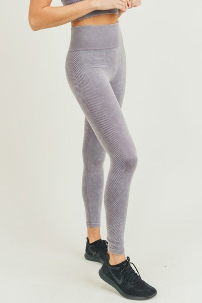 The Biki Cousin Leggings in Mauve