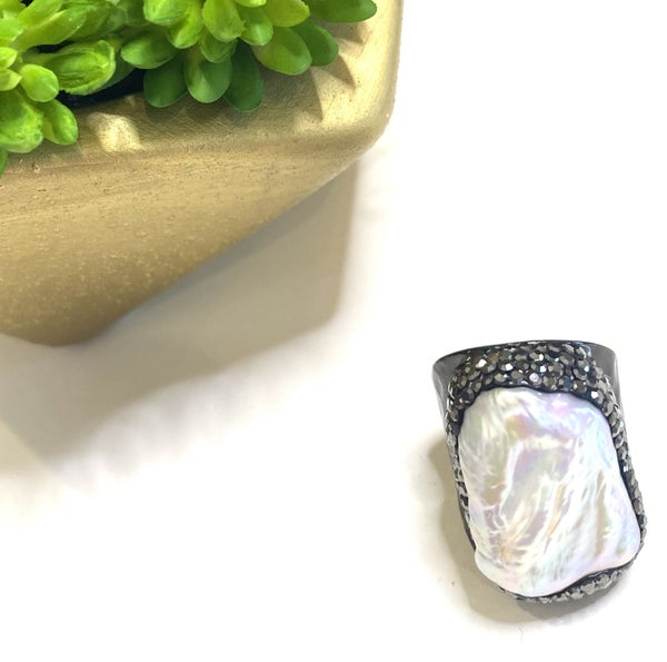 Black Pearl Bling Rings
