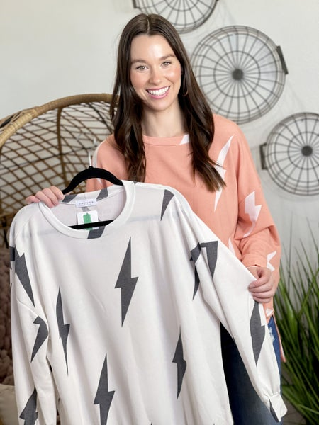 The Sparks Pullover - 2 Colors