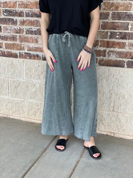 The Wide Leg Ash Pants