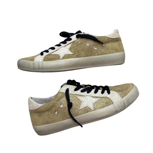 The Paloma Gold Sneaks