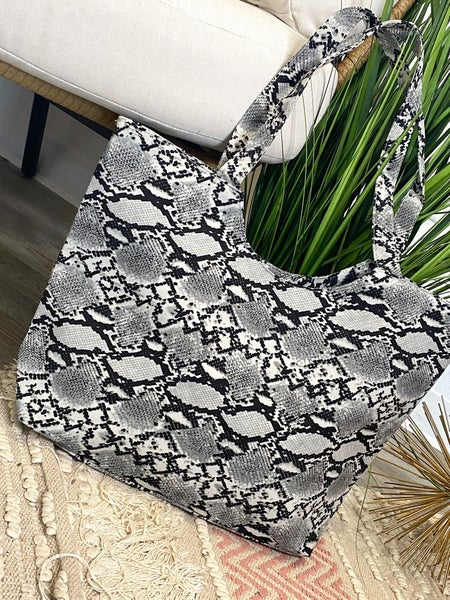 LD STEAL #53: Slither Tote