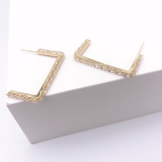 The Lucy Crystal Earrings-2 Sizes