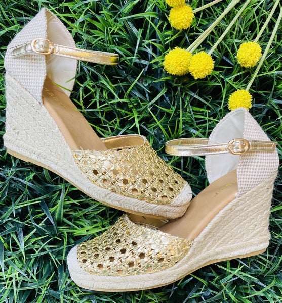 The Catalina Wedge in Gold