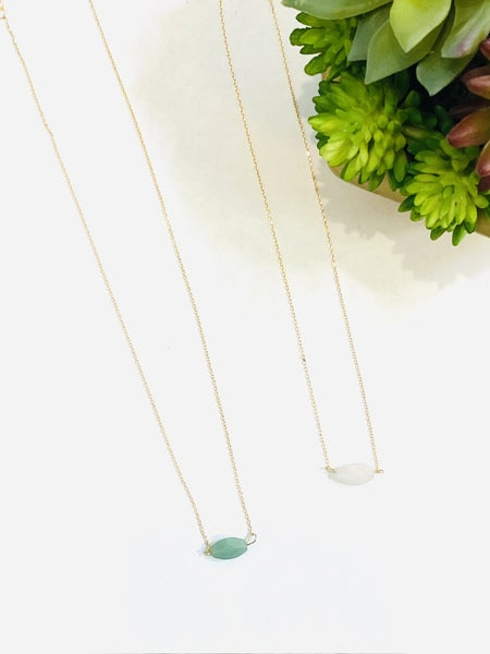 The Natural Stone Necklace - 2 Colors