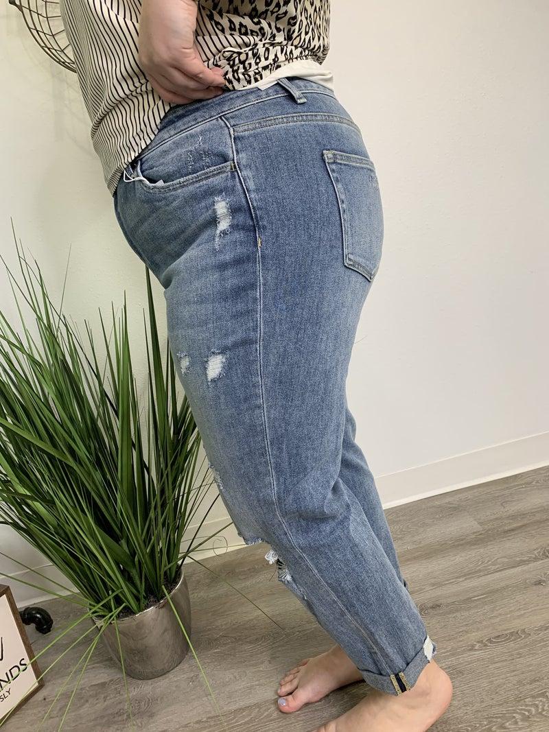 The Curvy Quinn Boyfriend Jeans