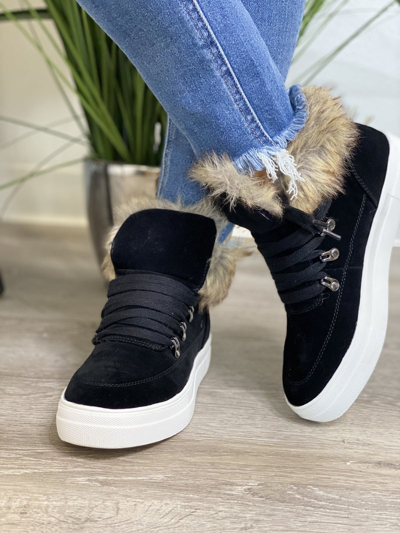 The Furry Booties - 2 Colors