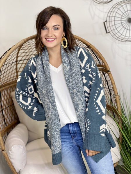 The Cozy Tribe Cardigan in Forest
