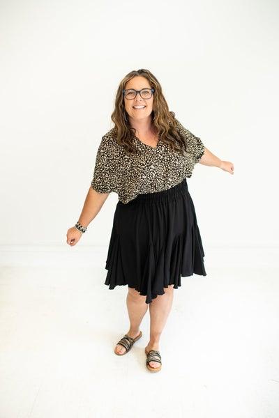 Black Woven Flounce Hem Skirt