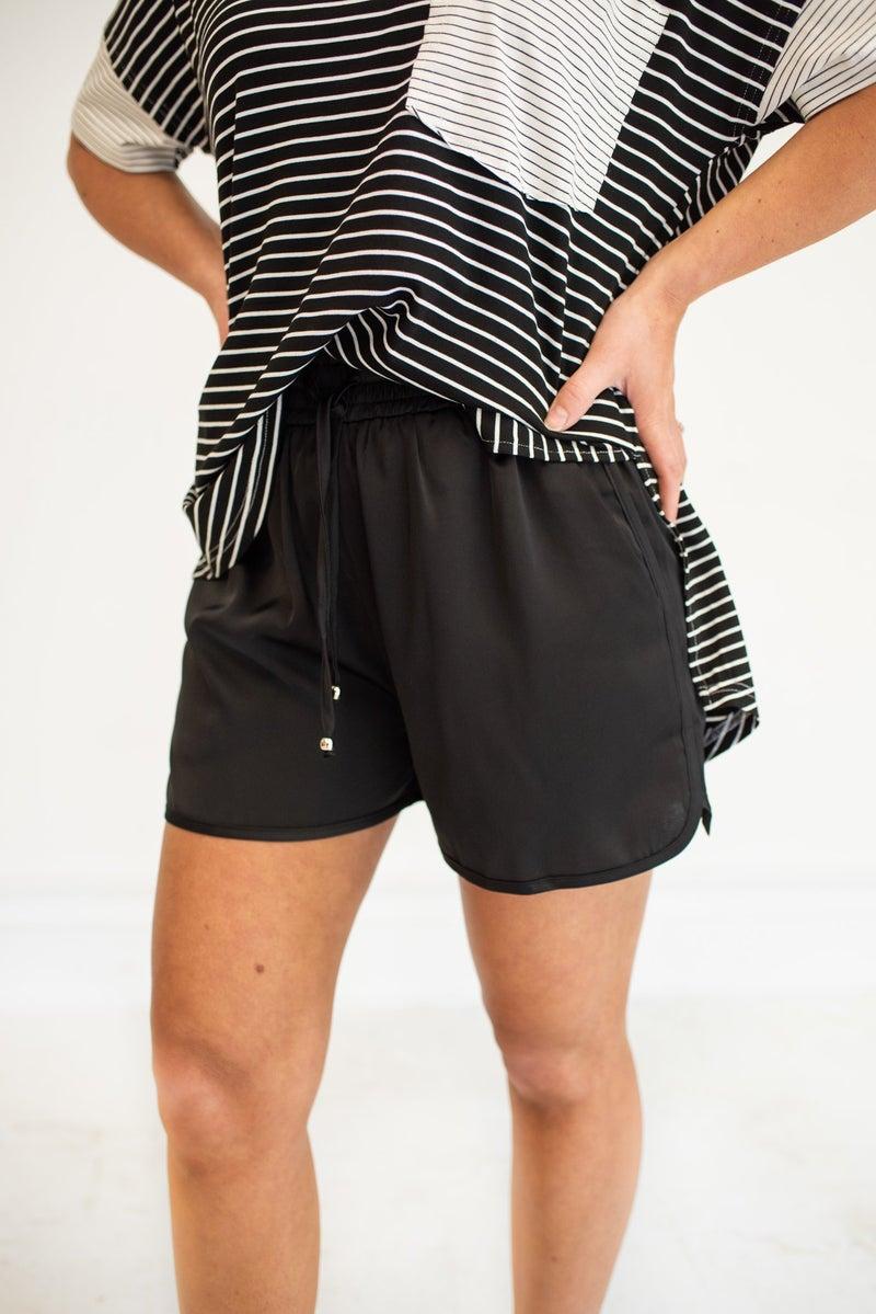 Feelin' Fine Shorts with Pockets - Black