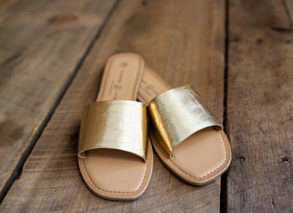 Dolly Gold Metallic Slide