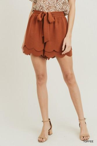 Toffee Scalloped Shorts