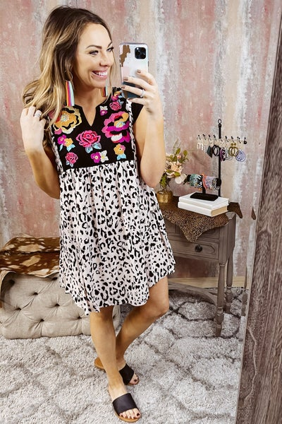 Capped Sleeve Leopard Dress w/ Front Embroidery