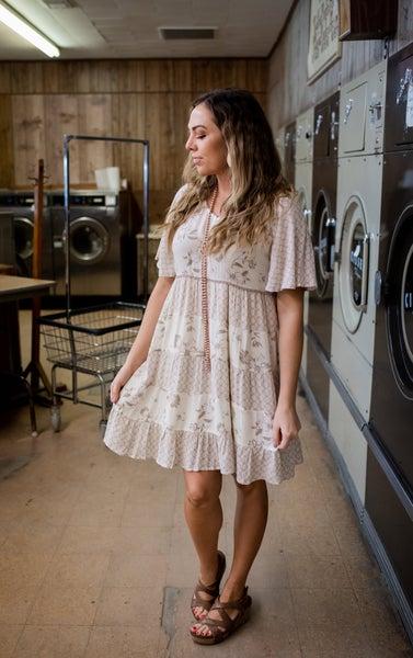 V Neck Floral & Patterned Cream S/S Dress