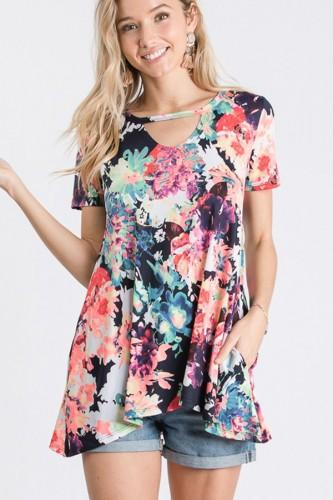 Floral S/S Top w/ Front & Back Keyhole