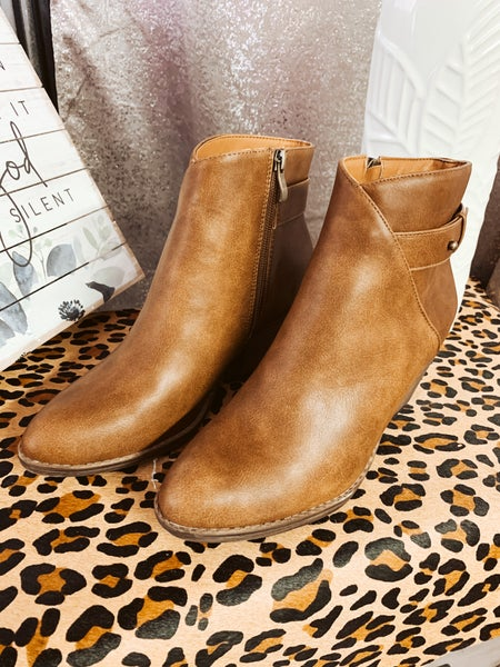 Brown Boot w/ Ankle Detail