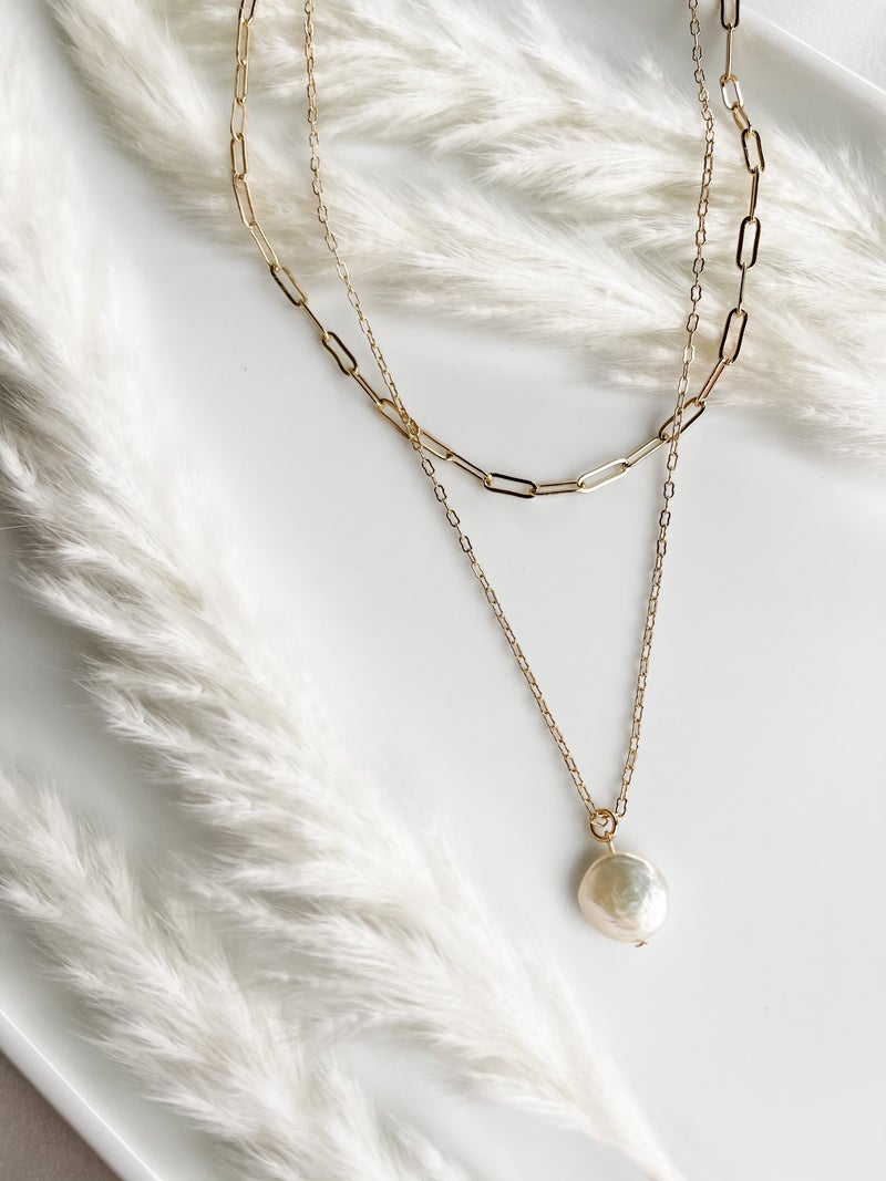 Chain Link Double Layered Pearl Necklace