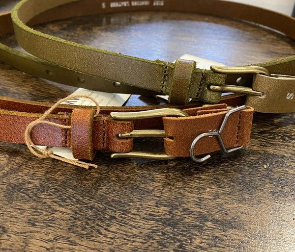 Basic Skinny Belt w/ Simple Equestrian Buckle
