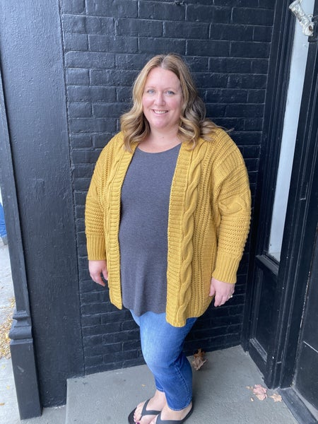 The Eryn Cardigan (plus size)