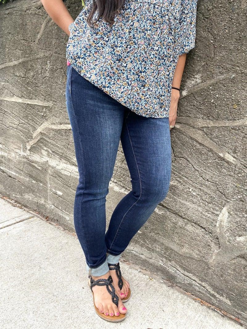 Judy Blue Mid-Rise Dark Wash Skinny Jeans