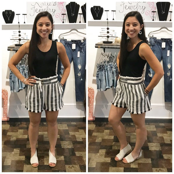 Plus/Reg Black & White Striped High Waisted Linen Shorts