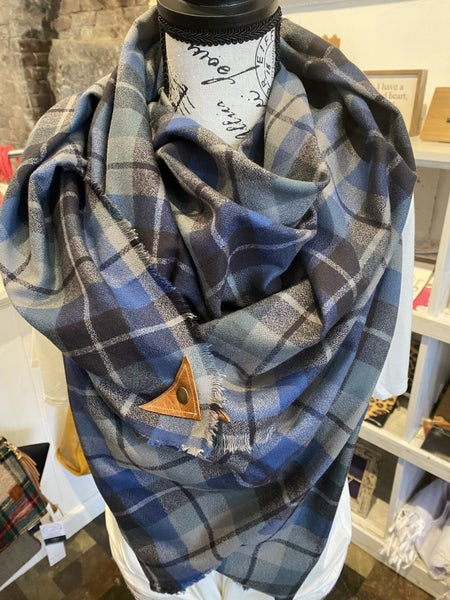 BXB Shadow Plaid Blanket Scarf w/ Leather Snap Detail