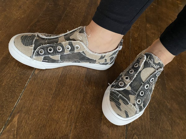 Blowfish Natural Camouflage Canvas Play Sneaker