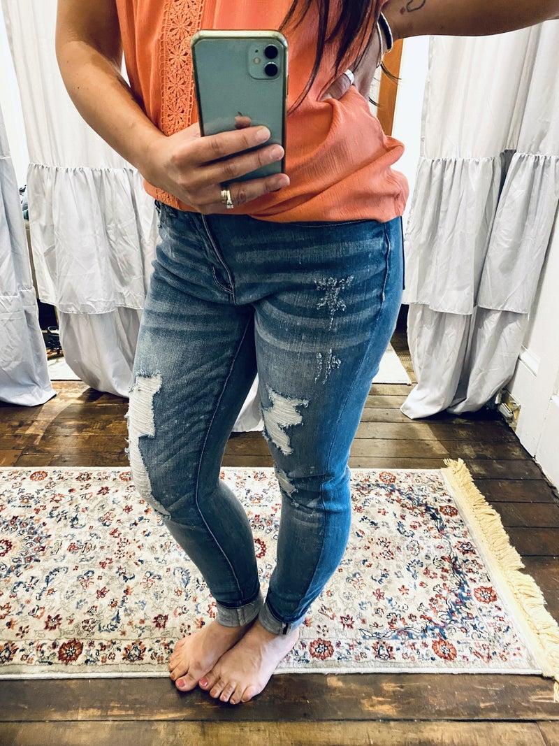 Judy Blue Mid Rise Destroyed Bleach Splattered Skinny Jean