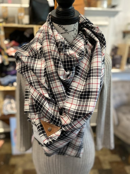 BXB Black, White, & Red Sm Plaid Blanket Scarf w/ Leather Snap Detail