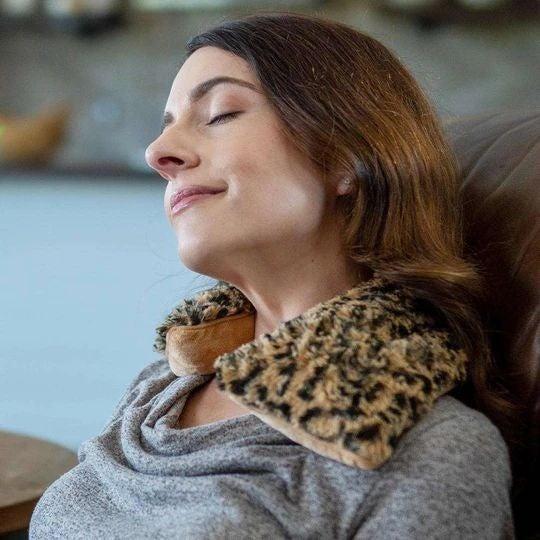 Leopard Faux-Fur - Heatable/Freezable Neck Wrap - Warmies