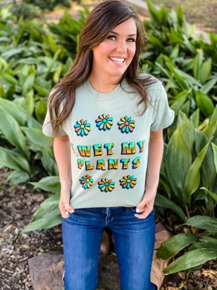 I Wet My Plants - Unisex Tee - Reg/Plus