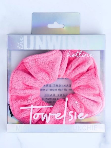Towelsie - Hot Pink Microfiber Scrunchie