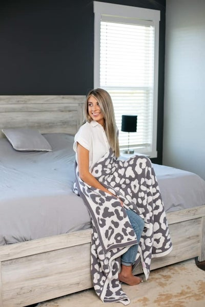 Sterling Leopard - The Luxe Blanket
