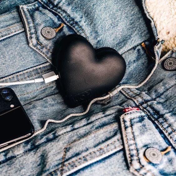 Black Heart - Portable Power Bank