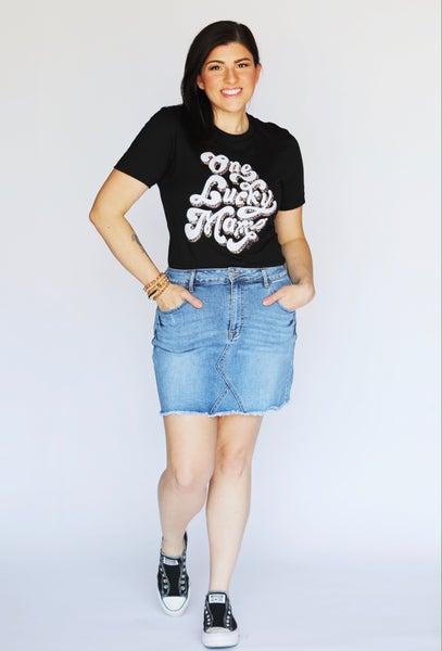Frayed Edge Stretch Denim Skirt with Pockets
