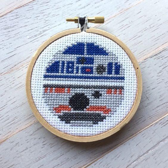 R2D2 / BB8DIY Cross Stitch Kit