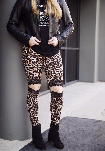 Leopard Lace Knee Slit Leggings - Reg/Plus