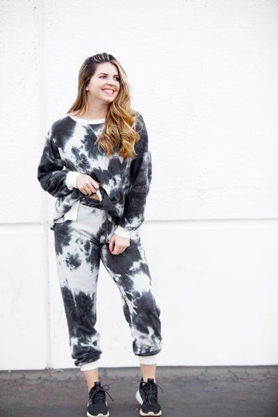 Spilt Milk DreamCloud Tie-Dye Loungewear Set - Reg/Plus