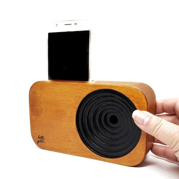 Handcrafted Wooden Sound System - Amplify Your Smart Phone