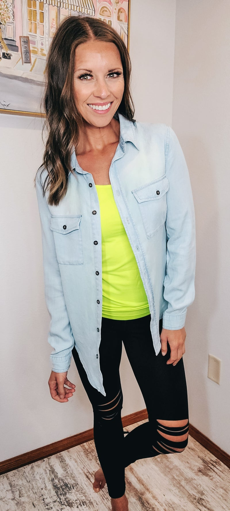 SIMPLY CHIC BUTTON UP
