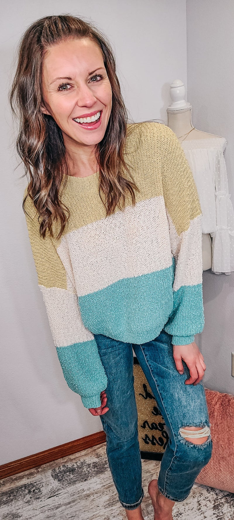 SPRING FEELS SWEATER