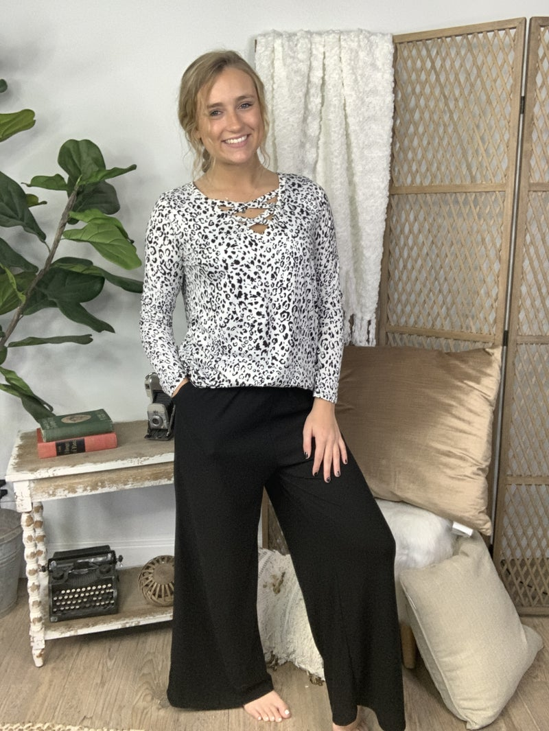 Black Solid High Waisted Pants