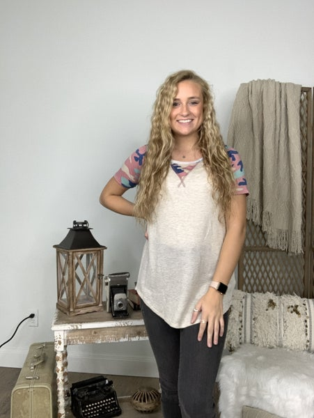 Mauve Short Sleeve Top with Contrast on Sleeves and Neck