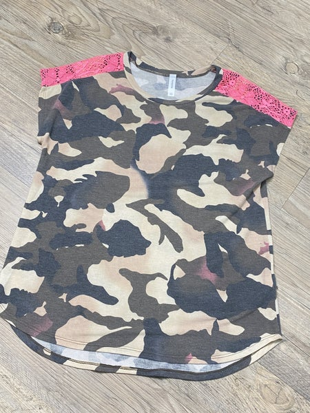 Camo and Lace Lounge Top *Final Sale*